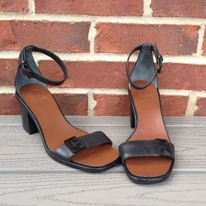 New Tory Burch Gabrielle Leather Block Heel Sandal